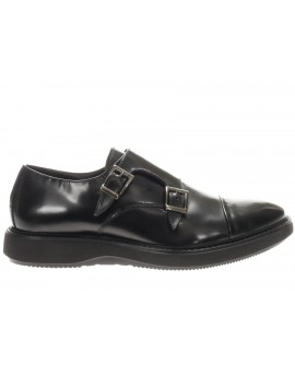 Docksteps  DAYTON LOW 1710 BRUSHED LEATHER BLA